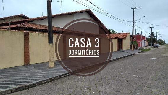 Casa Perto Do Mar E Com 3 Dormitórios Em Itanhaém Litoral