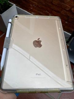 iPad Pro (10.5-inch) + Appel Pencil