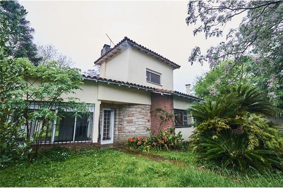 Casa De 4 Amb De 147m2, Amplio Lote De 20x50