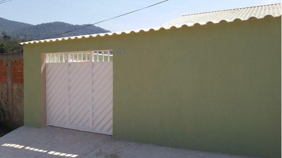 Casa Com 2 Quartos Banheiro Cozinha Varanda Area De Serviço