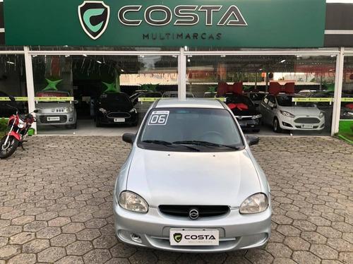 Chevrolet Corsa Sedan Sedan Life