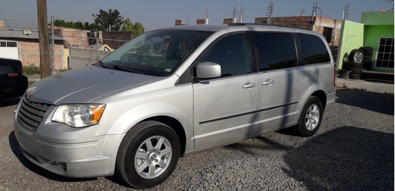 Chrysler Town & Country Version Tela