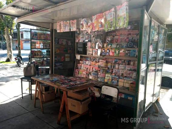 Fondo De Comercio Parada De Diarios - Parque Chacabuco
