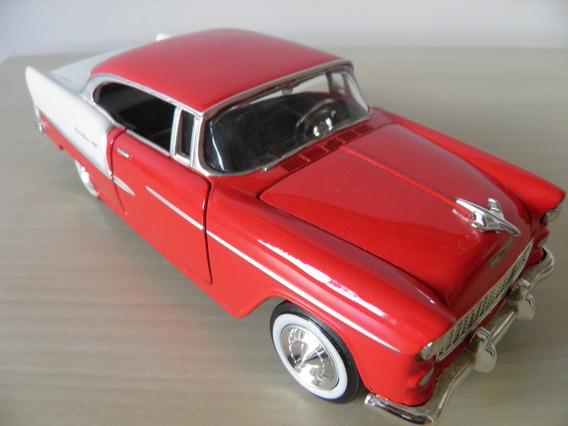 Chevy Bel Air 1955 - Escala 1/24 - Motor Max