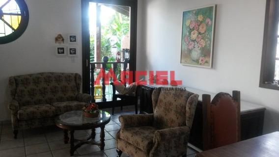 Venda - Casa - Centro - Ubatuba - Dorm 3 - Valor R$ 800.000, - 1033-2-75931