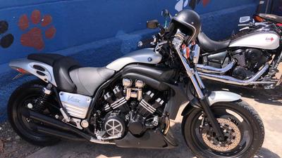 Yamaha Vmax 1200cc