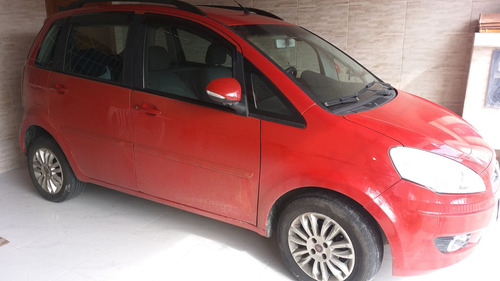 Imagem 1 de 6 de Fiat Idea 2012 1.4 Attractive Flex 5p