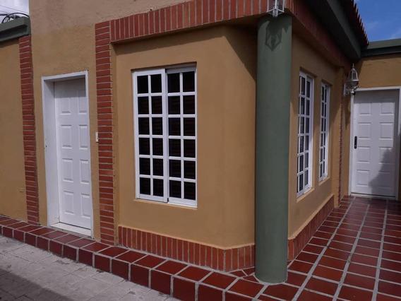 Se Alquila Casa En Araguama Country 04144570727