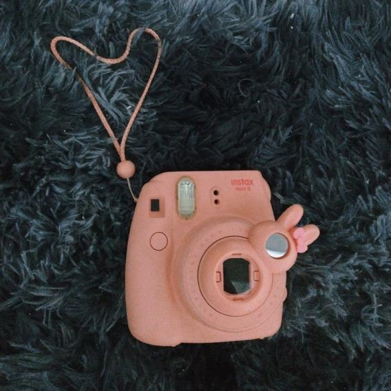 Câmera Instax Mini 8 Rosa Com 5 Poses + Lente Coelho