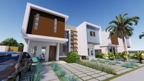 Residencial De Casas Duplex En Pueblo Bávaro En Construcción