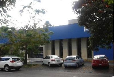 Edificio En Renta Av Americas