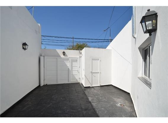 Ph Tipo Casa En Venta En Caseros C/cochera, S/exp
