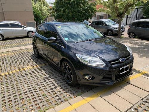 Ford Focus Titanium 5p Mt