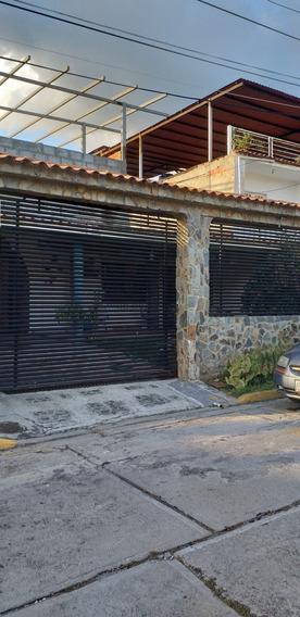 Cómoda Casa En Castillejo - Carmen Ramírez 04123995578