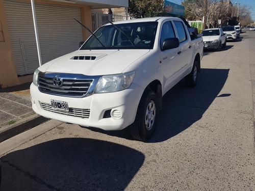 Toyota Hilux 2.5 Cd Dx Pack 120cv 4x4 - C3 2015
