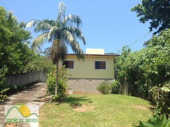 Linda Casa Com 3 Quartos E Terreno Com 9.000m². - Ca0201