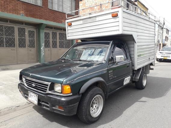 Chevrolet Luv 1997 2300cc 4x2 Furgón