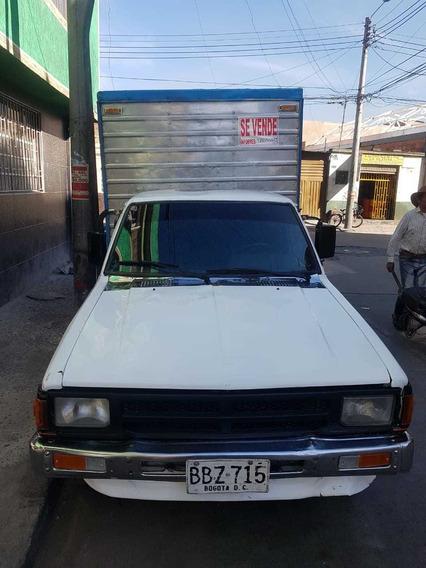 Vendo Nissan Datsun Furgon 1993