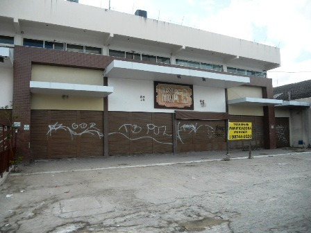 Ponto Comercial - Amplo Salão, Copa, Estacionamento