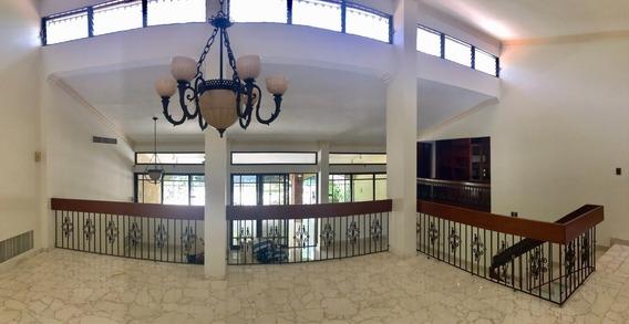 Casa De Oportunidad En Arroyo Hondo Ii