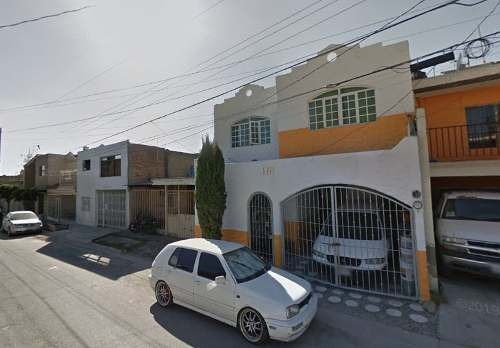 Casa De Remate Bancario En Zapopán Jalisco