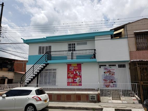Hermosa Casa, Barrio Bosques De Pinares, Dos Platas,