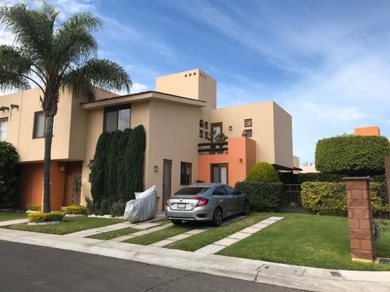 Casa En Renta En Puerta Real 278m2 Terreno, 22o M2 C.