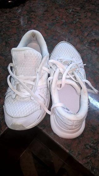 Zapatillas Blancas New Balance Importadas