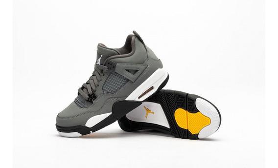 Tenis Air Jordan 4 Retro Gris