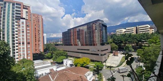 A La Venta Increible Penthouse En Poblado.