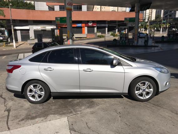 Focus Sedan 2015 - Automático - 56 Mil Rodados