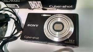 Camera Digital Sony 14.1 Megapixels