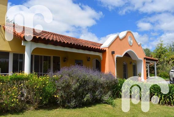 Venta Casa En Campos De Roca