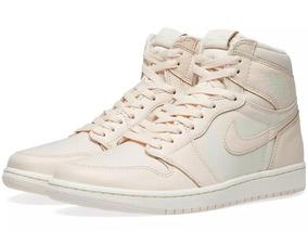 Tênis Nike Air Jordan 1 High Og Guava Ice Sail
