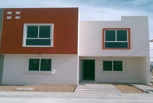 Bonita Casa Con 3 Recamaras, Con Buena Ubicacion.