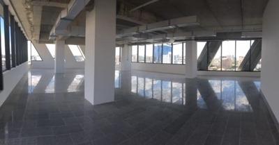 Local Para Oficina En Torre Empresarial En Piantini C/salón