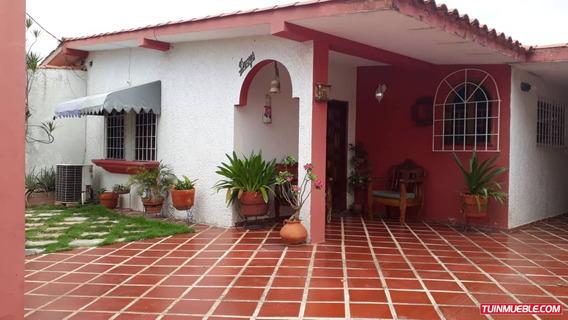 Casas En Venta Paraitepuy, Villa Icabarú, Puerto Ordaz.