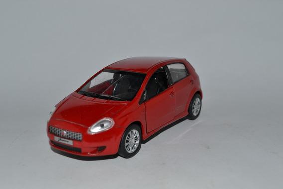 Miniatura Fiat Punto 1:32 Carros Do Brasil Usado Vidro