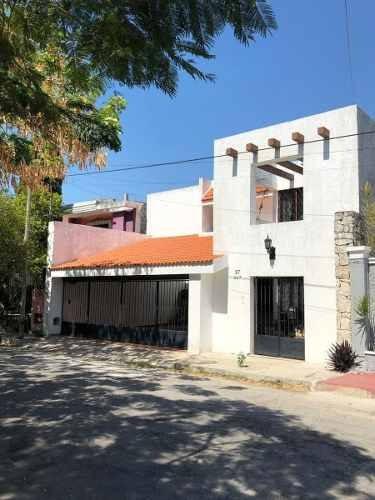 Casa En Los Pinos, Mérida