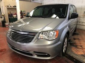 Chrysler Town & Country 3.6 Li At 2015 Recuperada De Robo