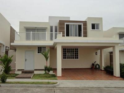 Vendo Casa En Ph Brisas Point, Brisas Del Golf 17-4893**gg**