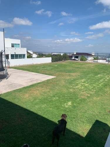 Terreno En Vista Real, 800 M2, Más Bien Es Un Precioso Jardín, Vista Increíble