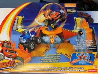 Pista De Blaze Monster Machines Con Un Surtió Todo Terreno