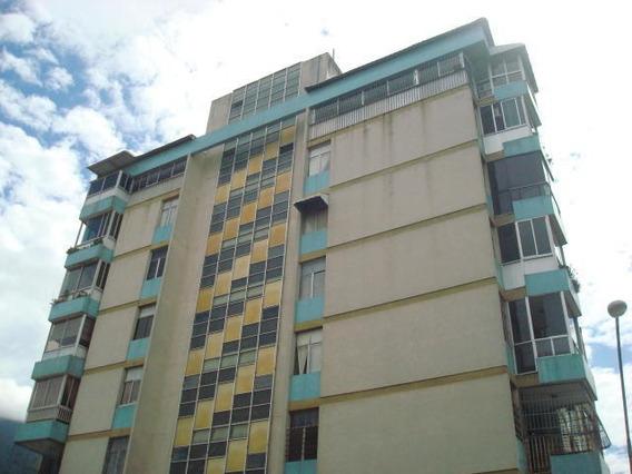 Maria Jose 19-18307 Vende Apartamento En La Florida