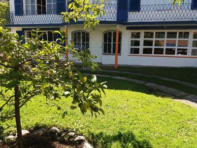 Departamento Quito Tenis Temporal O Fijo