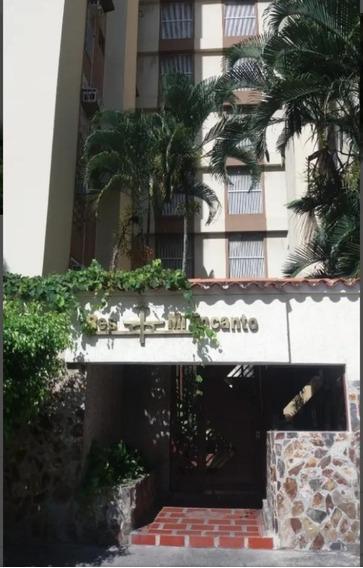 Apartamento En Venta / El Bosque / 04265330106