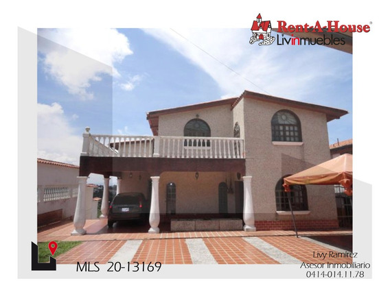 Casa En Venta. Clnas. De San Antonio Mls #20-13169