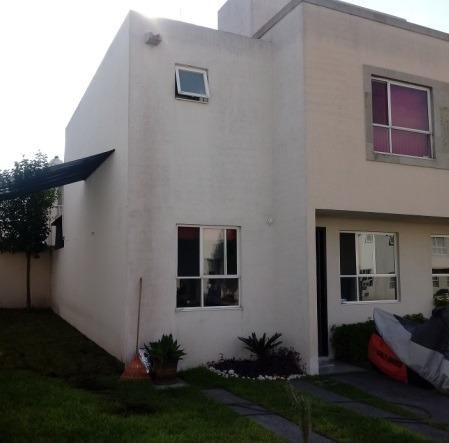Querétaro, Residencial Del Parque, Casa Con Terreno Excedent