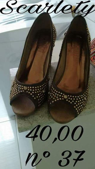 Sapato Alto Scarlety