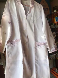 Jaleco Branco E Lilás (tamanho M) Lindo